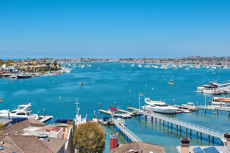 Gorgeous Newport Harbor View 2 Bedroom - Carnation - Newport Beach