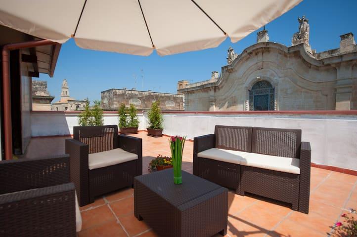 """B&B Centro Storico """"RooMonti"""" - Lecce - Bed & Breakfast"""