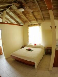 Interior - queen bed