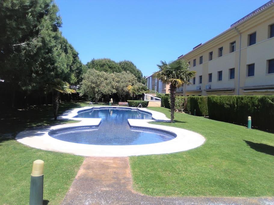 Gemeindegärten und Schwimmbad
