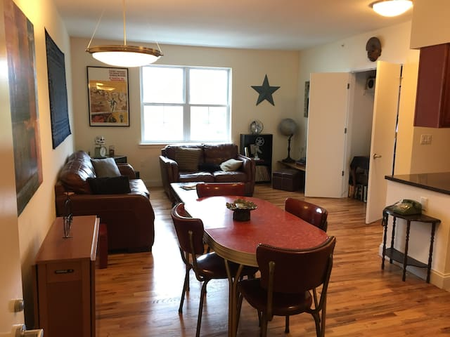 CLICK ME!  near NYC w/ skyline view private BR!