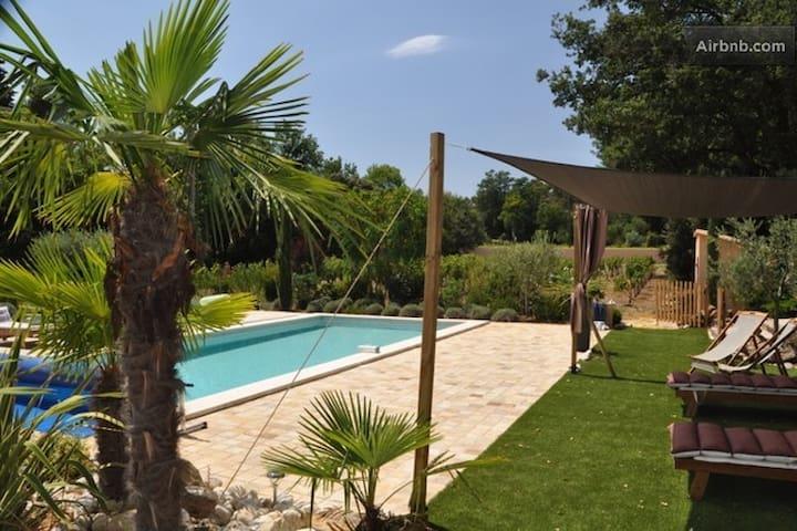 Charming B&B (Beige) Pool, Hot Tub & Hammam