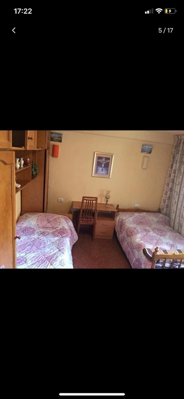 Belle Chambre double dans un grand appartement