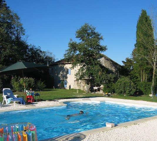 Bournet - Nonac - Casa