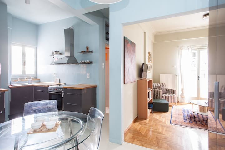 50m2 calm & cozy flat, Ampelokipoi