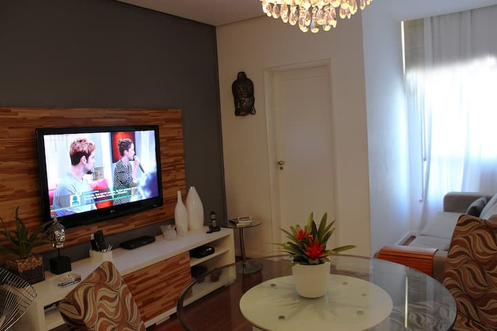 Copacabana 2 bedrooms - very quiet apartment.