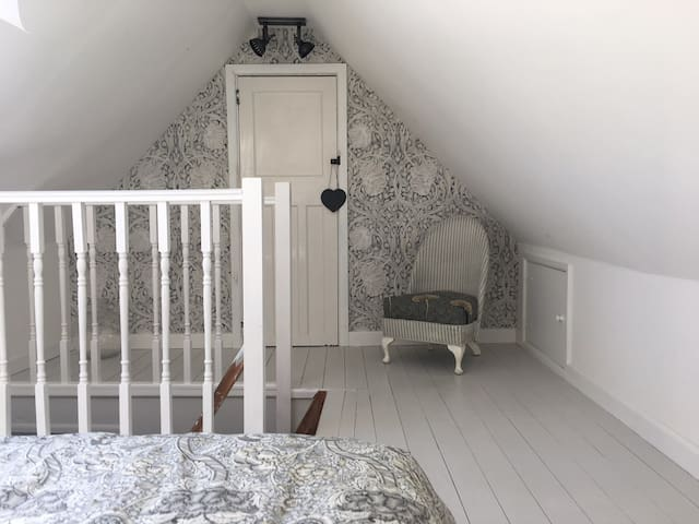 Double Attic Room, Mevagissey near Heligan & Eden
