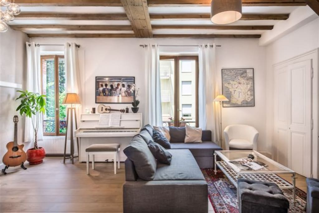 Duplex annecy centre appartements louer annecy for Chambre a louer annecy