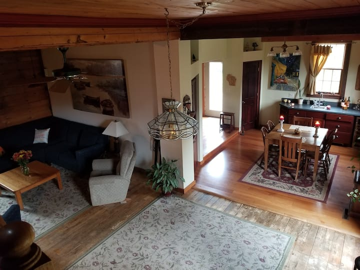 Charming Historic Home 16 Miles from the Ryder Cup