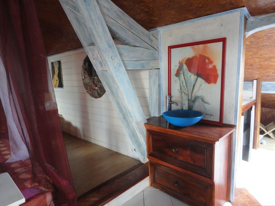 Loft donjon  dans Maison d'artistes