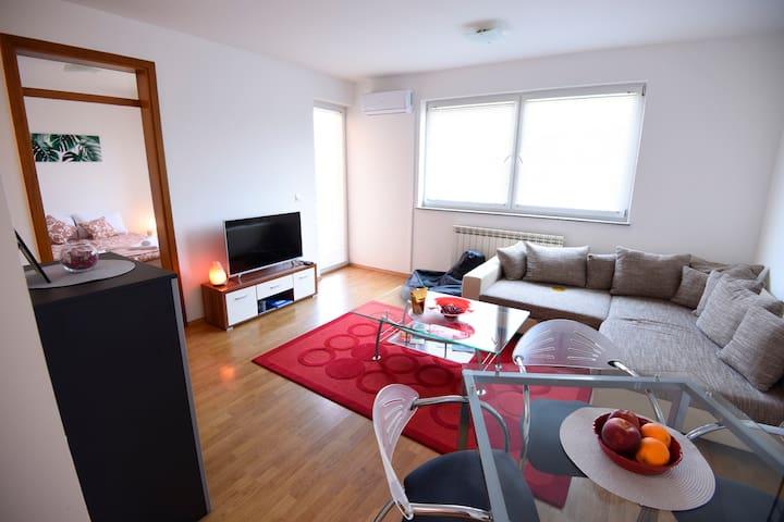 Delta apartment Banja Luka, stan na dan