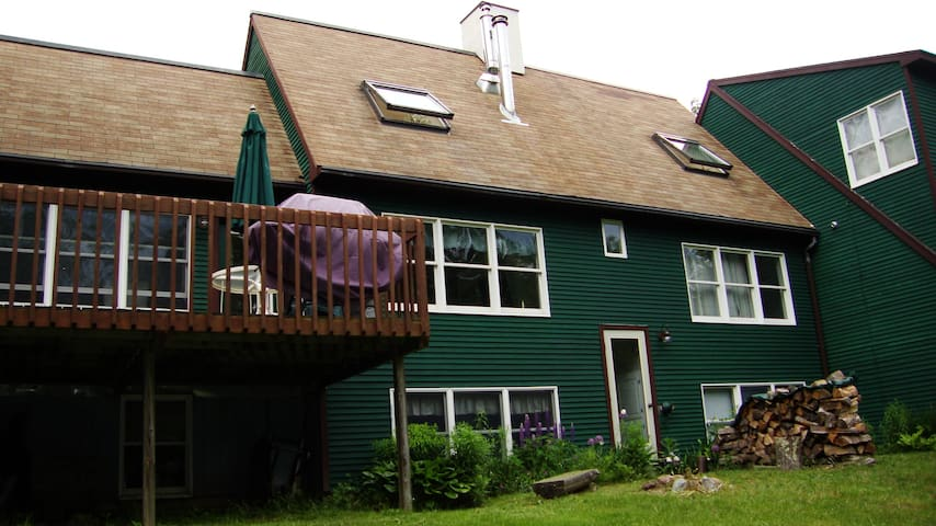 Hiddenwood @ Sugarbush Sleeps 16+ - or just 2-4! - Fayston - House