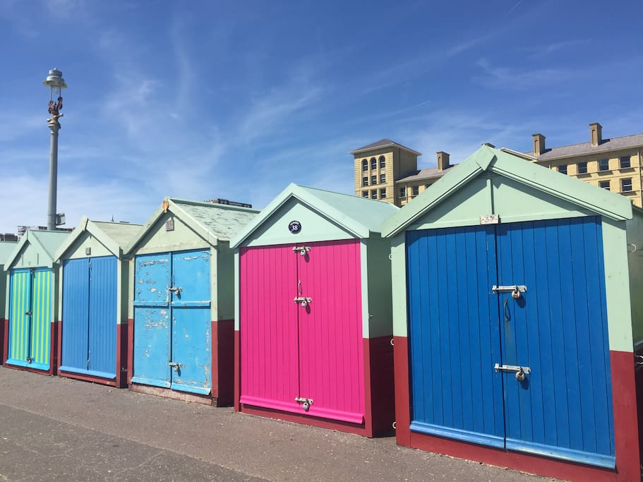 Access to our beach hut, the hot pink one (recently changed from orange!).  Behind is grass to play on, and close to the Hove Lawns Café.