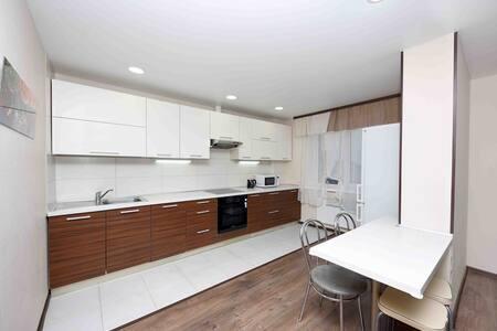 Двухкомнатная квартира в престижном районе Лебяжий