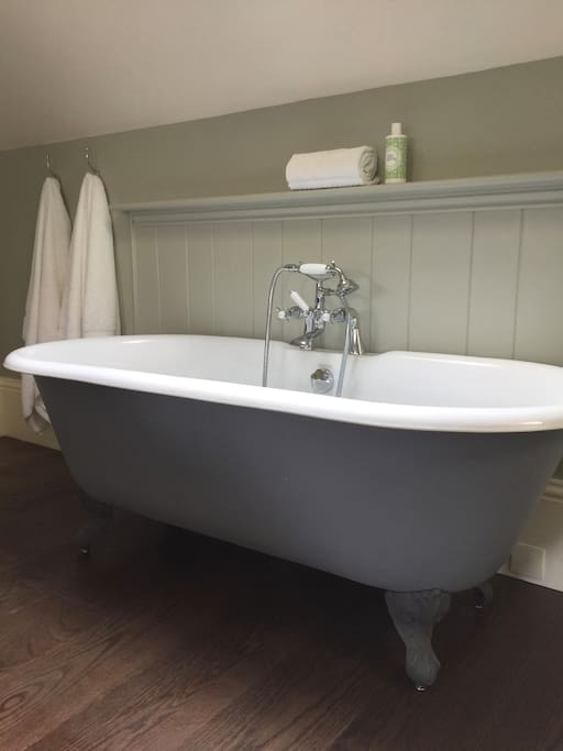 Freestanding bath in Bedroom