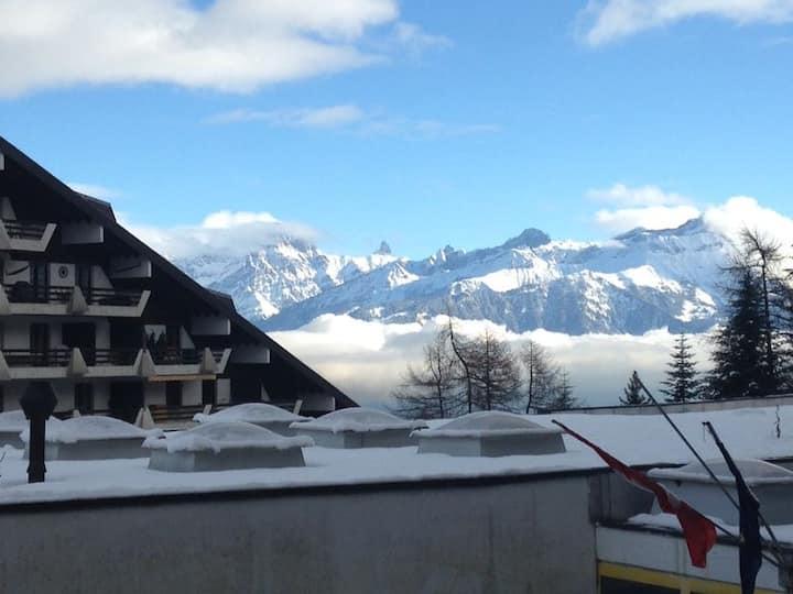 Alpine apartment in Swiss village of Torgon