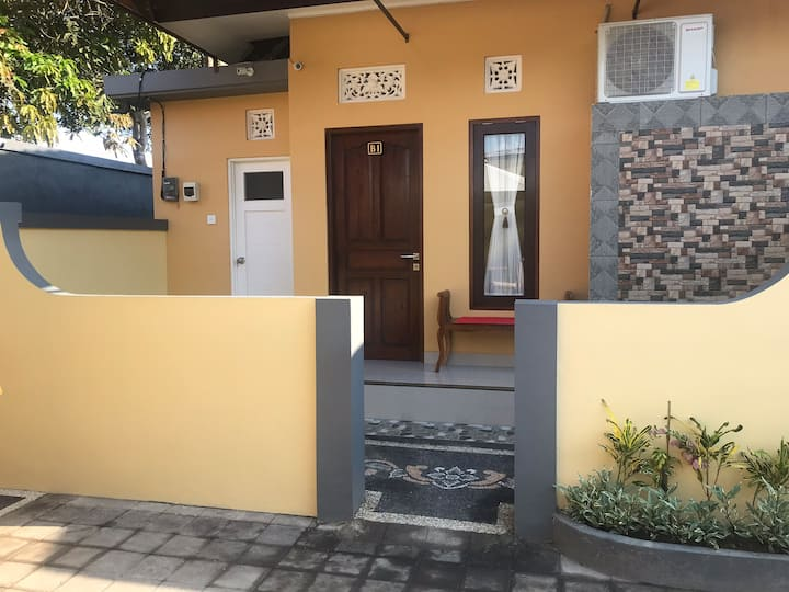 Kubu Karang Homestay 5minutes walk to hyatt beach