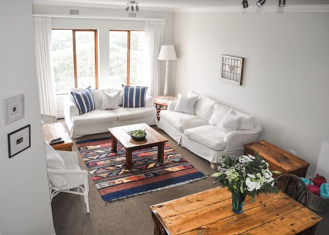 [Winter Rates] Plett Apartment - Light & Spacious