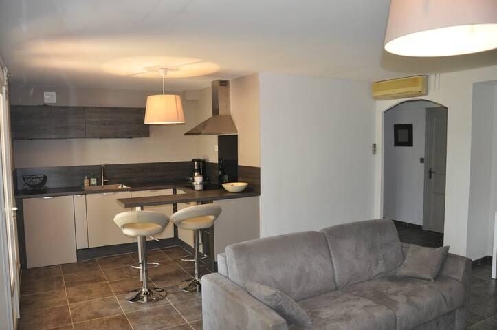 Appartement indépendant - La Crau - Casa