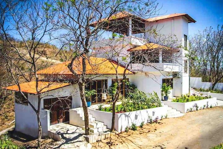 Casa Emilia, Playa Maderas, SJDS. (FULL House)
