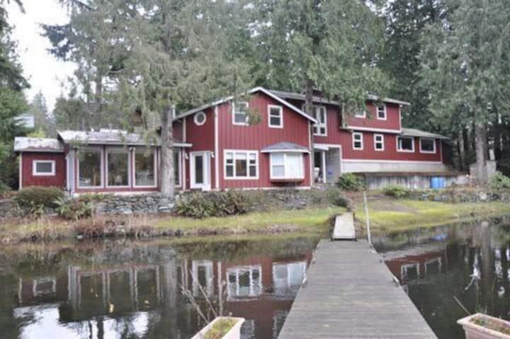 Cain Lake Paradise