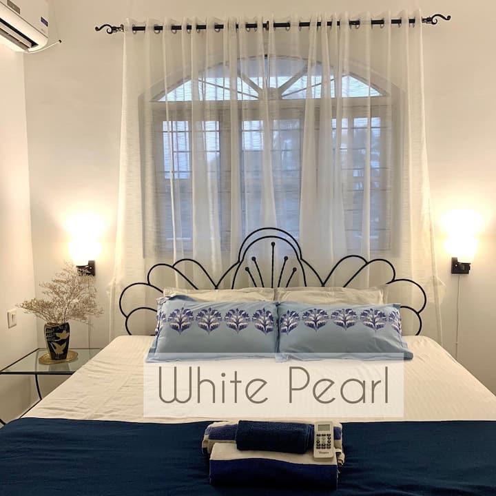 White Pearl By The Beach Goa