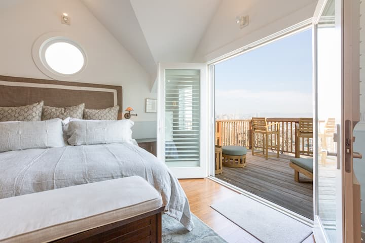 SF 3 BD Home Best Views | Business & Family Stays