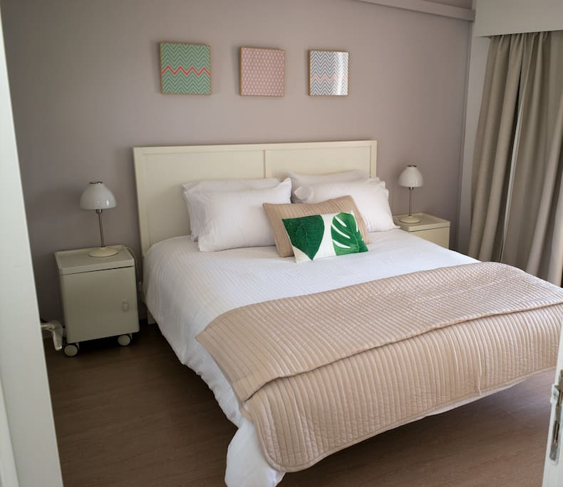 Bedroom with the softest linens to enjoy a restful sleep