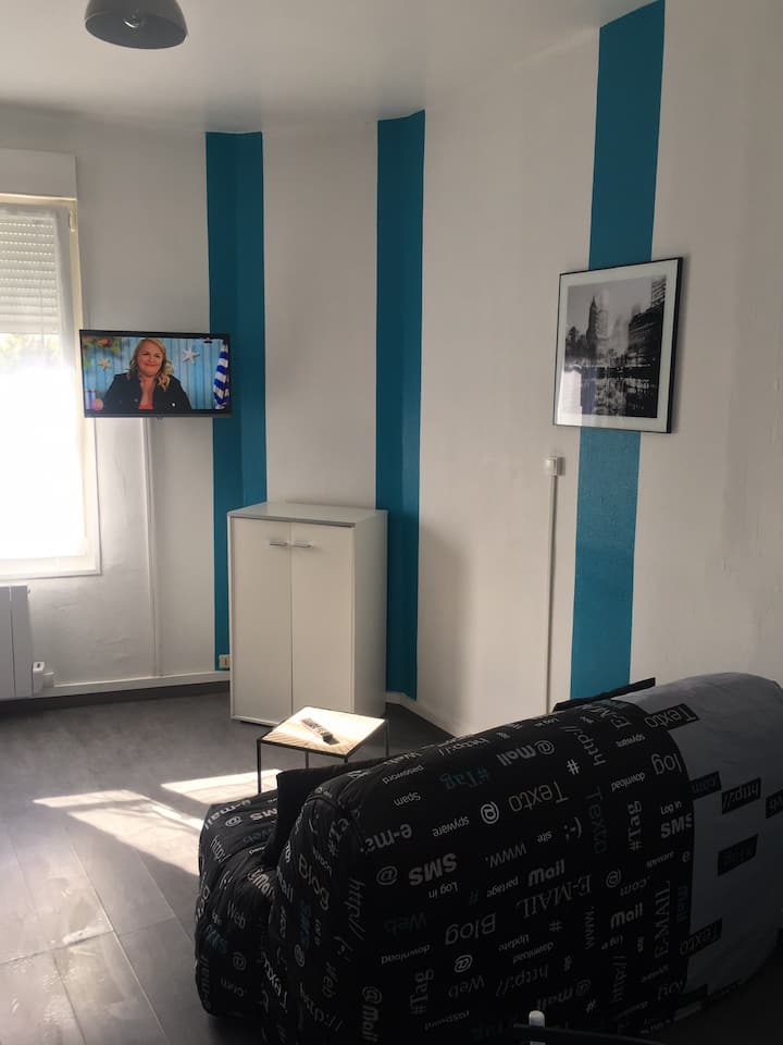 Studio  confort 2 : wifi, Netflix, parking gratuit