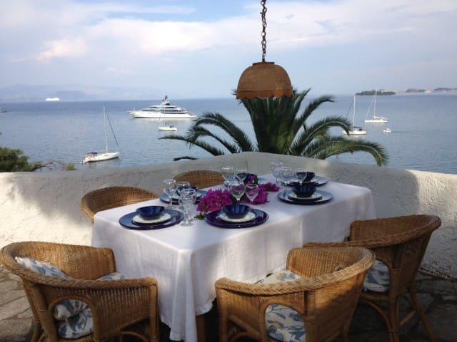Corfu, Kommeno, Gouvia Apt. Max - Kerkira - Apartamento