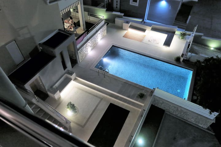 Villa Luxuria - apt.5 - Ticket to Ride - Novalja - Apartment