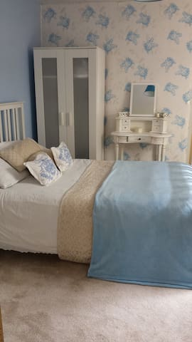 Welcoming and friendly family stay in torquay - Torquay - Talo