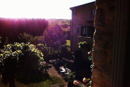 Family Provençale style house - Orsonnette
