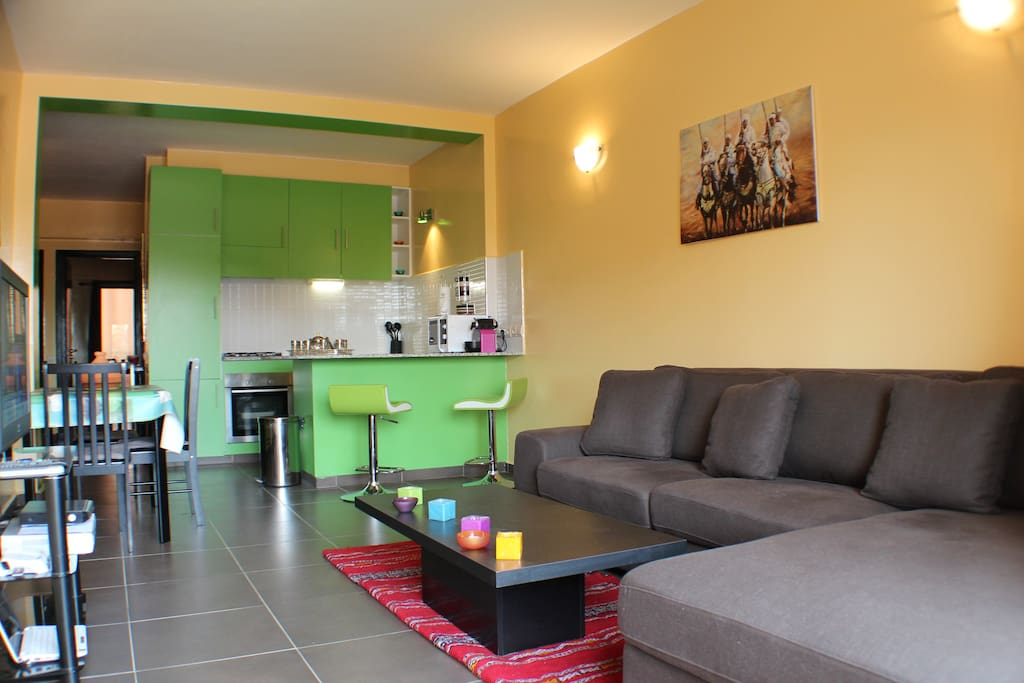 Appartement gu liz semiluxe piscine appartements louer for Appartement piscine marrakech