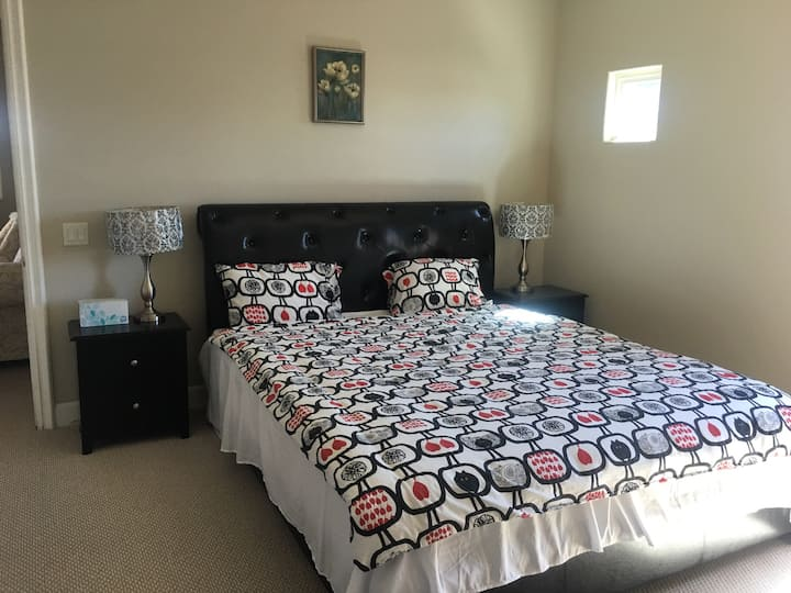 Master bedroom in beautiful house(king bed)