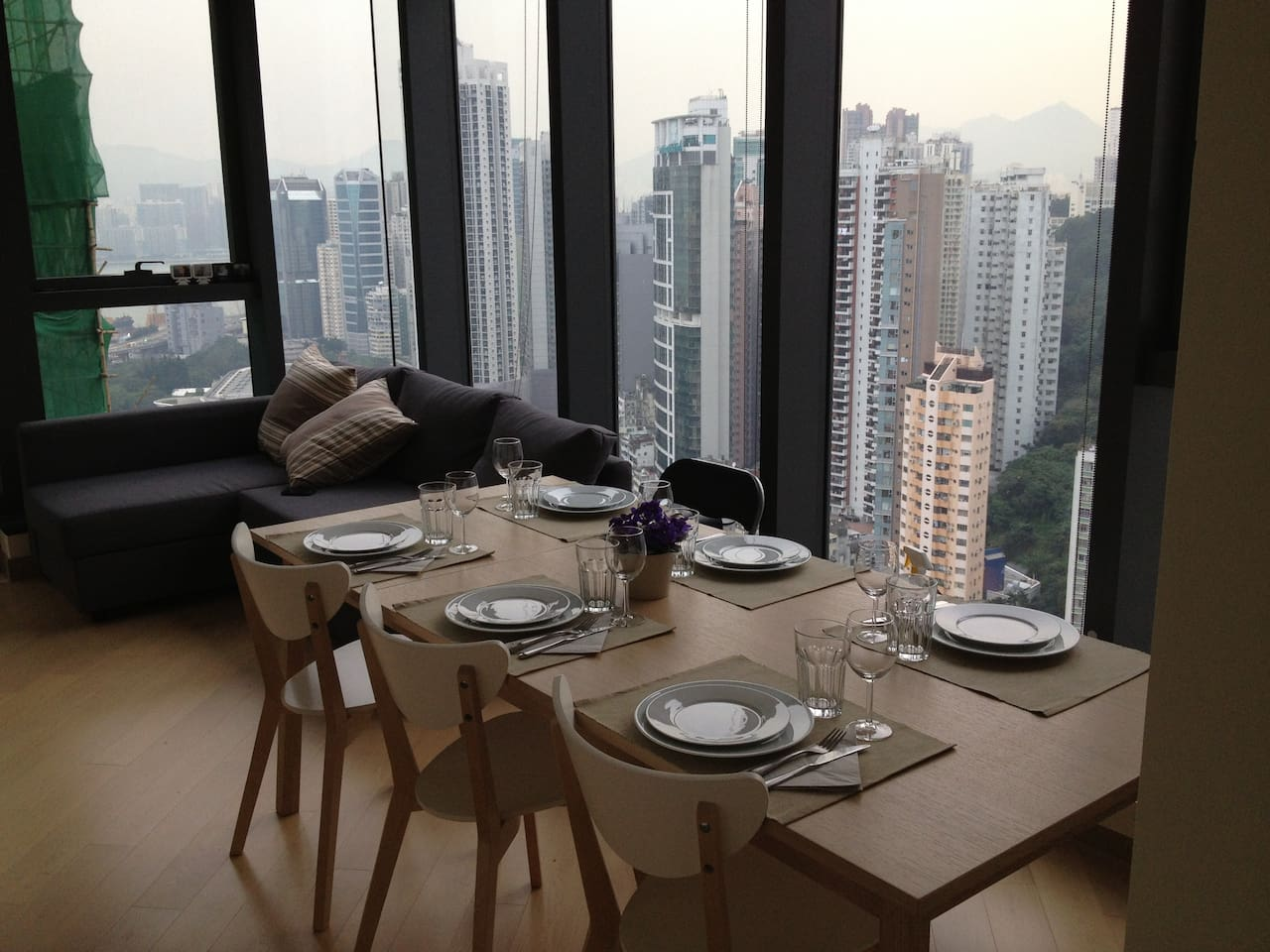 Great open views for breakfast, lunch or dinner