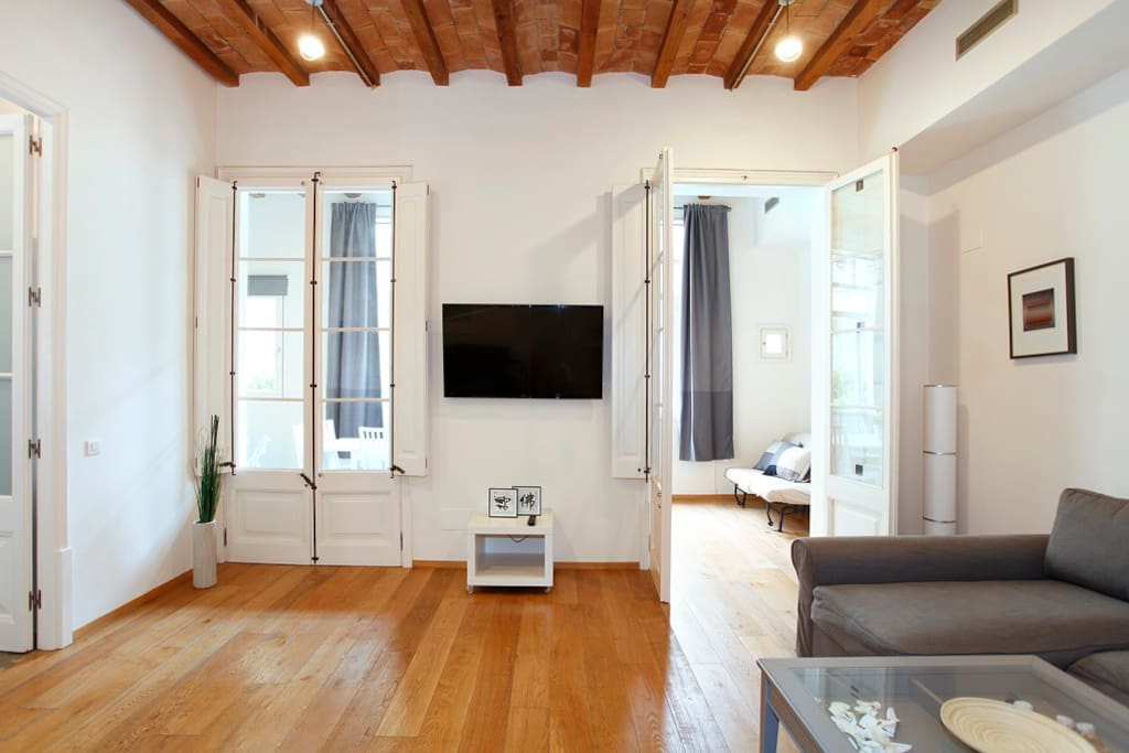 Design flat next passeig de gr cia appartamenti in for Hotel e appartamenti barcellona