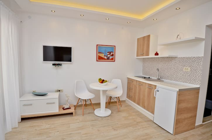 Apartment Buda near Old Town Budva