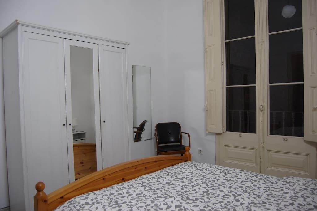 Closet / Armario
