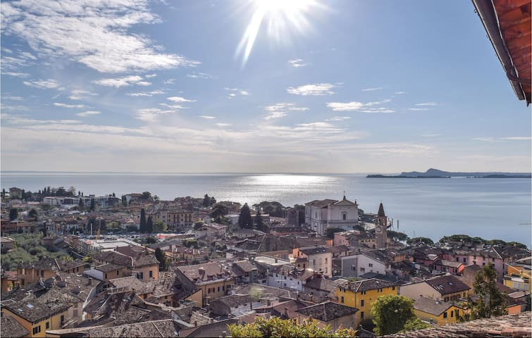 Holiday apartment with 1 bedroom on 60 m² in Toscolano Maderno (BS)