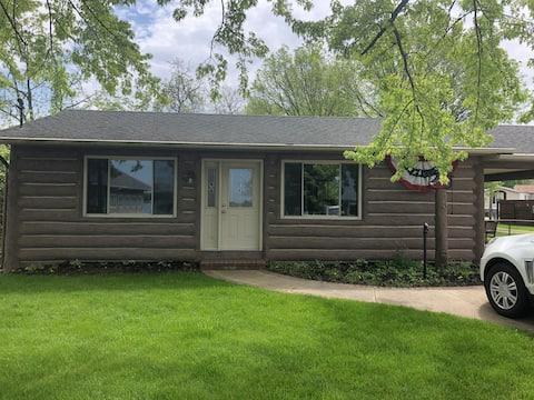 Coldwater lake log house