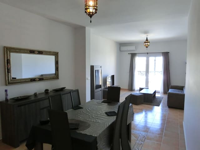 Appartement haut standing  saidia(piscine.marina)