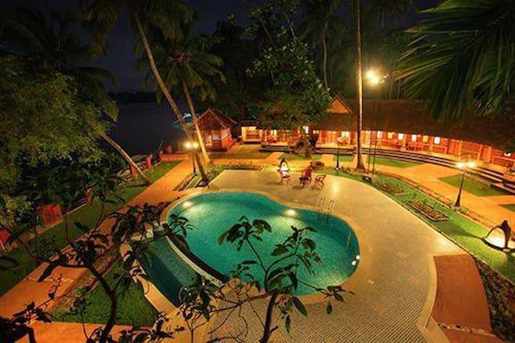 Vedic Village - Moothakunnam - Boetiekhotel