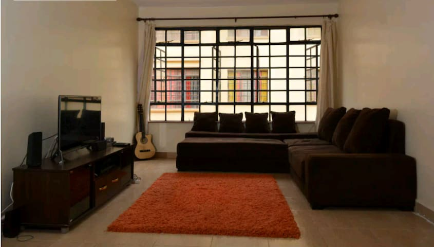 Spacious 2 bedroom apt ,Secure area near airport. - Mlolongo - Apartamento