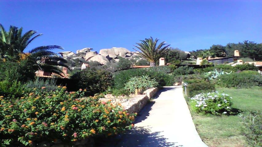 Charmante Villa à LA SARRA (Porto Rafaël) - Punta Sardegna - Dom