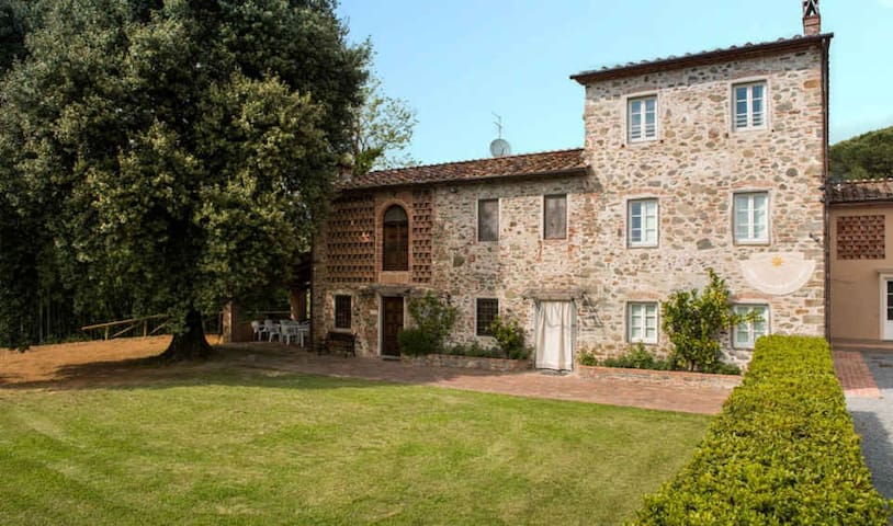 Casa Tonio - Cosy stone-built farmhouse with Pool - Capannori - House