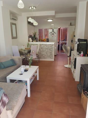 Privatzimmer in Andalusien, strandnah mit Garten