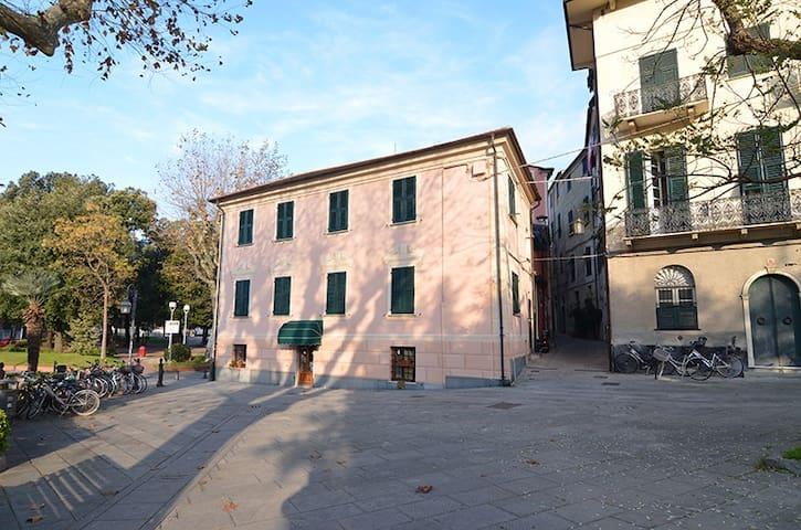 3  bedrooms  apt.  near  the  beach - Levanto - Haus