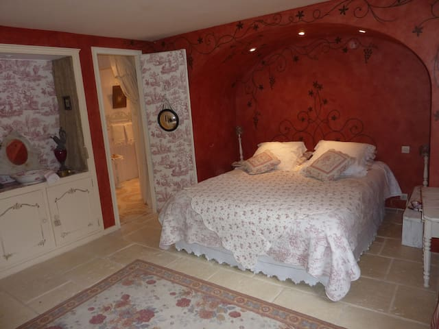 Chambres maison de charme Bordeaux - Tresses - Bed & Breakfast
