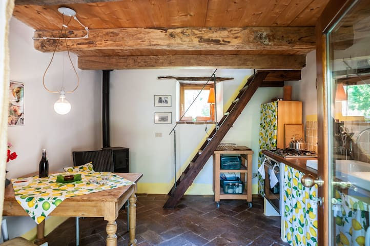 Gesindehaus einer alten Mühle - Sestino - Huis
